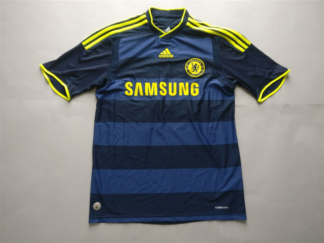 Chelsea F.C. Away 2009/2010 Shirt. Club Football Shirts.