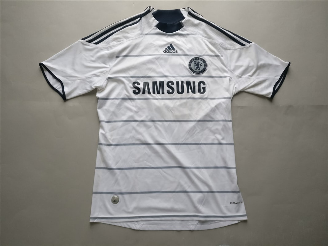 Chelsea F.C. Third 2009/2010 Shirt. Club Football Shirts.