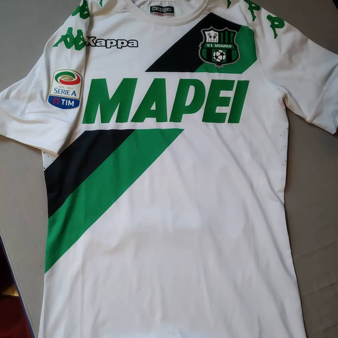 Sassuolo Away 2016/2017 Football Shirt. Club Football Shirts.