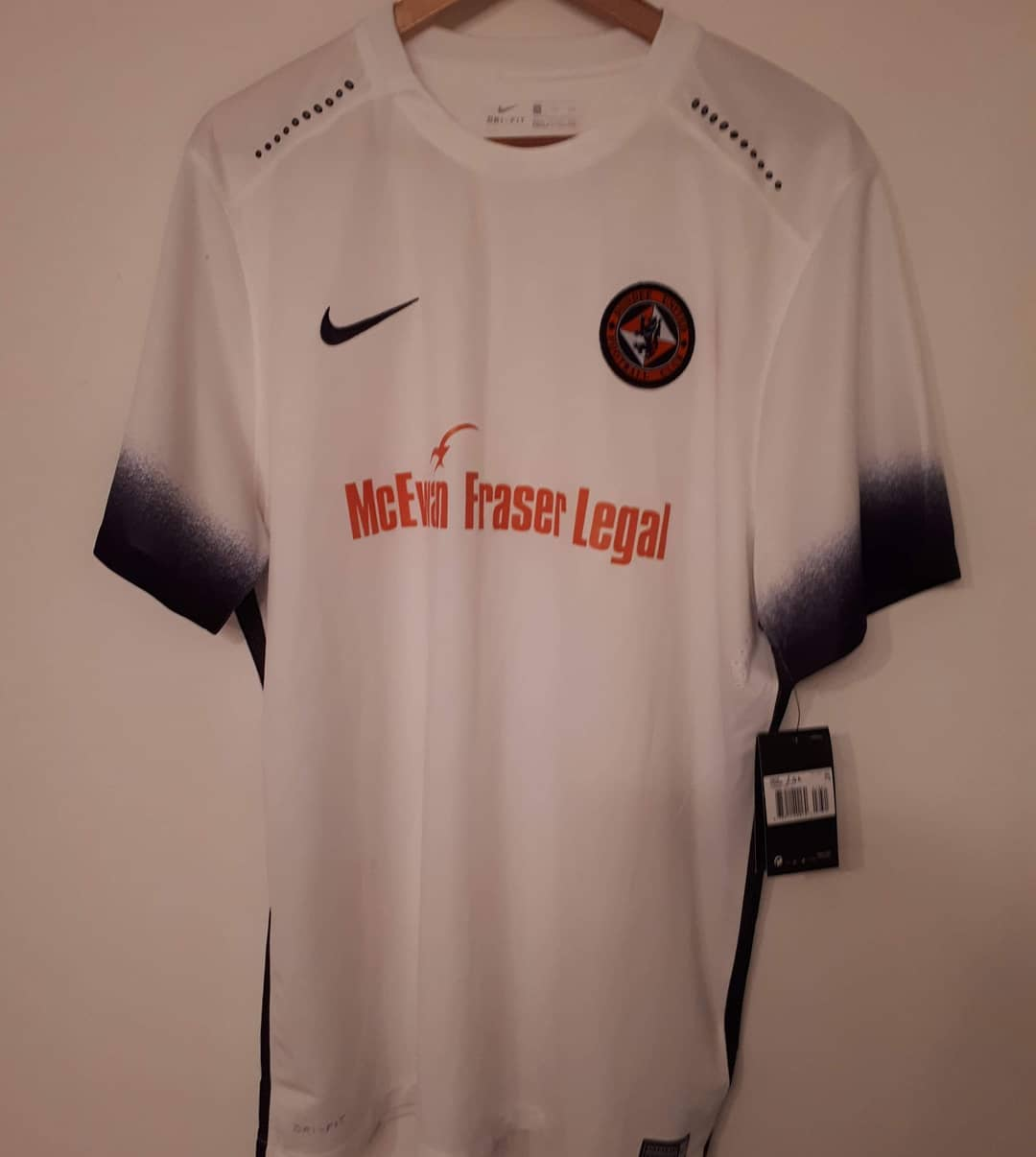 Dundee United Away 2016/2017 Football Shirt. Club Football Shirts.