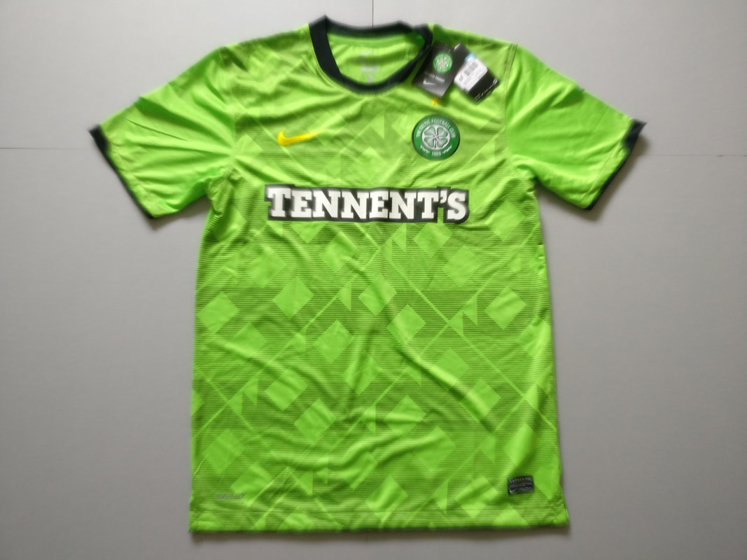 Celtic F.C. Away 2010/2011 Football Shirt. Medium. BNWT. Club Football Shirts.