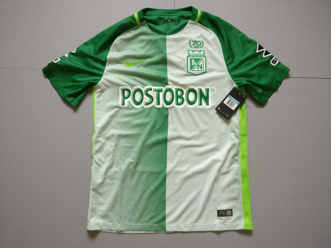 Atlético Nacional Home 2017 Football Shirt Manufactured By NIke. The Club Plays Football In Colombia.