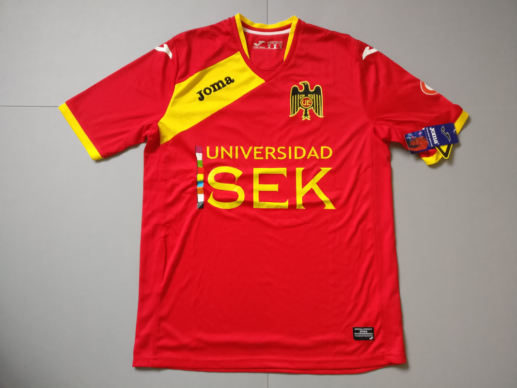 Club Unión Española S.A.D.P Home 2015/2016 Football Shirt Manufactured By Joma. The Club Plays Football In Chile.