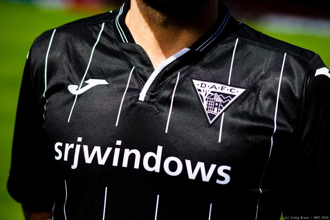 Dunfermline Athletic Football Shirt