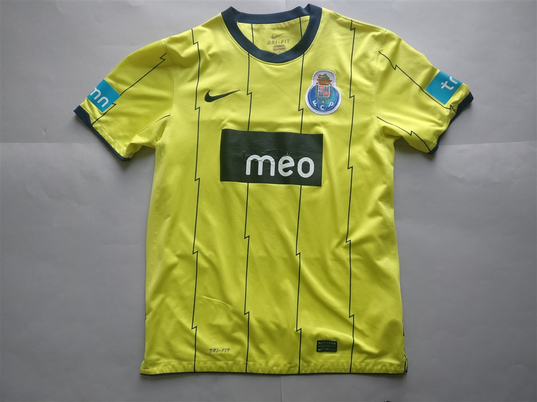 FC Porto Away 2010/2011 Shirt. Club Football Shirts.
