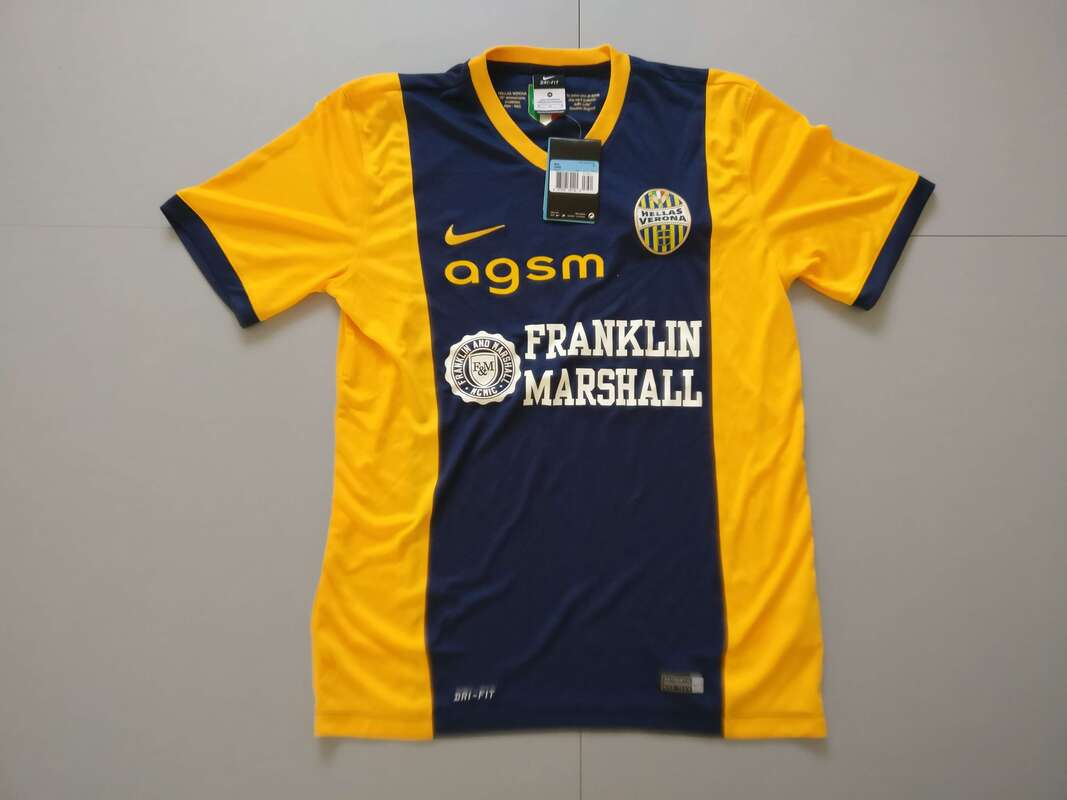 Hellas Verona F.C. Home 2014/2015 Football Shirt Manufactured By Nike. The Club Plays Football In Italy.