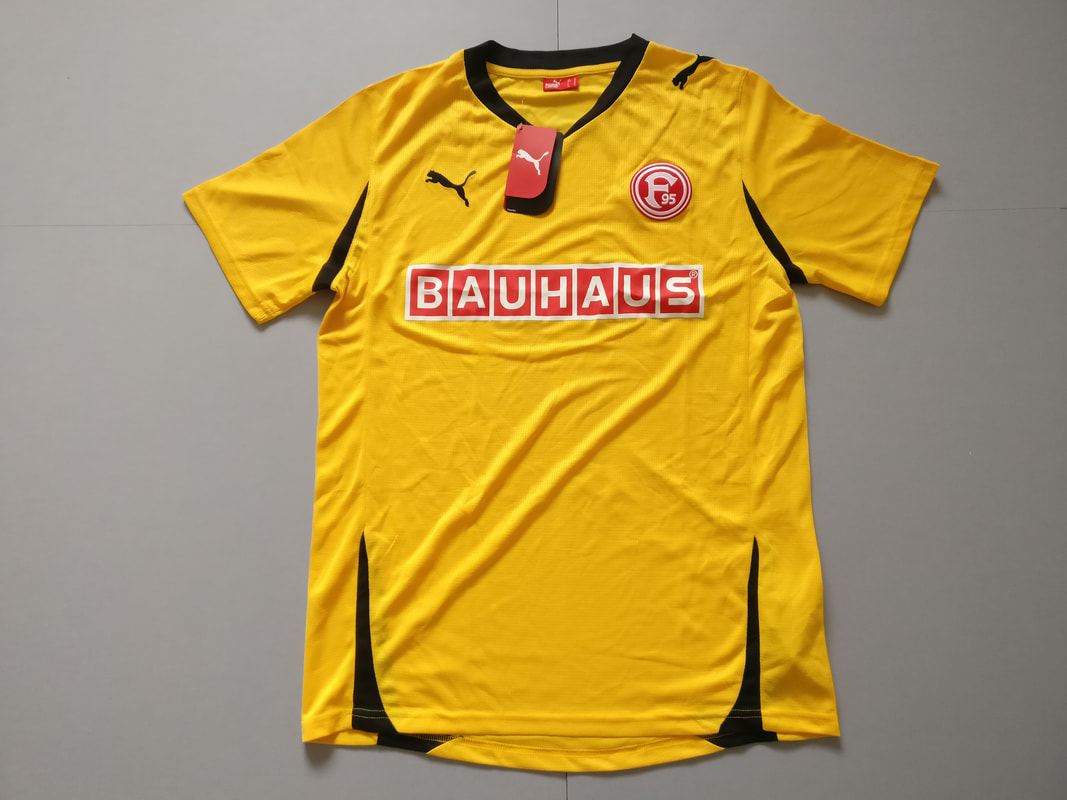 Fortuna Düsseldorf Away 2011/2012 Football Shirt Manufactured By Puma. The Club Plays Football In Germany.