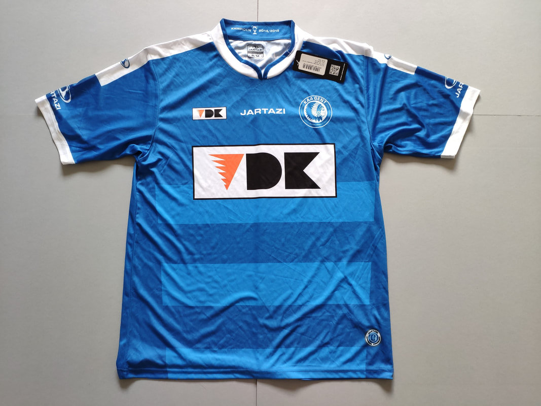 KAA Gent Home 2015/2016 Football Shirt Manufactured By Jartazi. The Team Plays Football In Belgium.