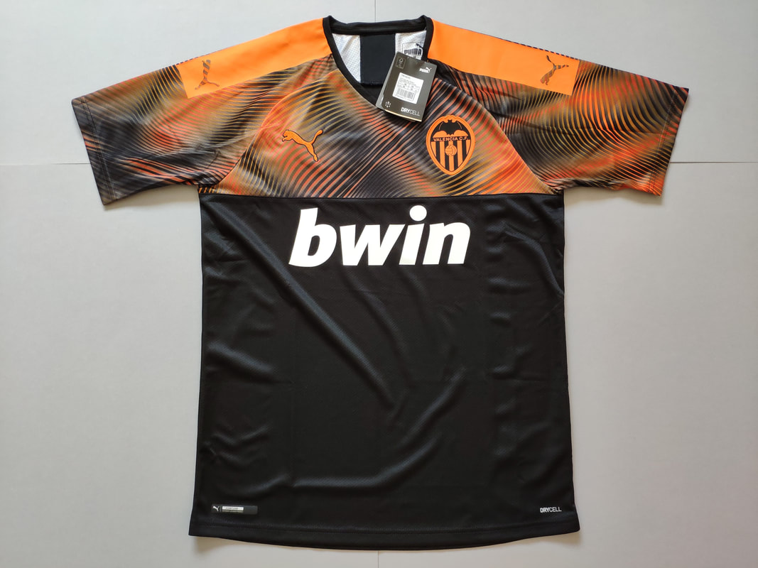 Valencia CF Away 2019/2020 Football Shirt Manufactured By Puma. The Club Plays Football In Spain.